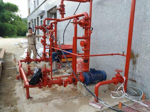Kiểm tra và bảo dưỡng máy bơm tại nhà máy Z129